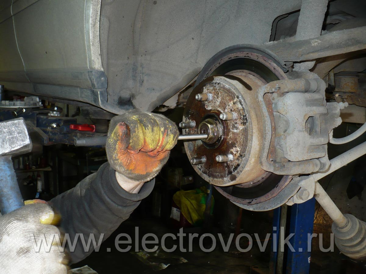 Замена масла в коробке передач ВАЗ 85